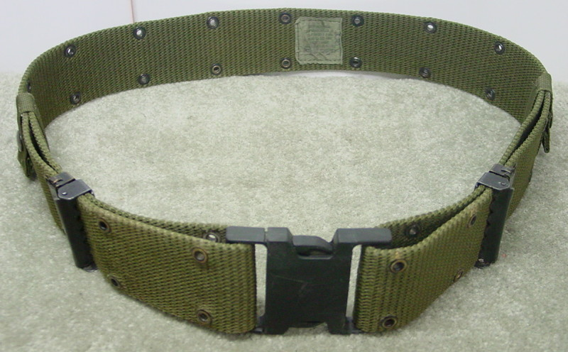 US MILITARY LBE Y SUSPENDERS w  LC2 LARGE PISTOL WEB BELT SIZE ... 290eb95675c